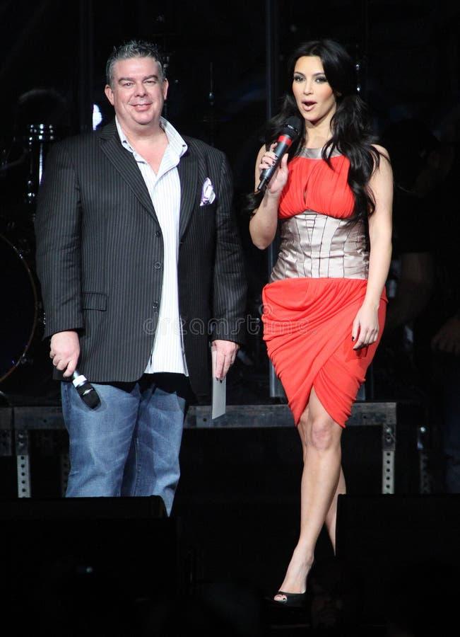 Kim Kardashian hospeda Jingle Ball foto de stock royalty free