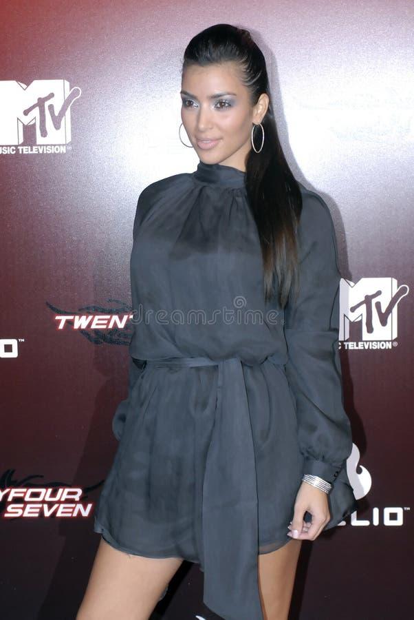 Kim Kardashian no tapete vermelho. foto de stock royalty free