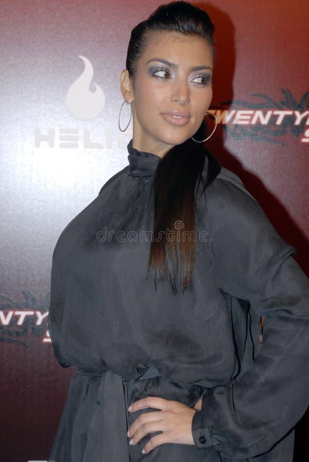 Kim Kardashian op het rode tapijt. royalty-vrije stock fotografie