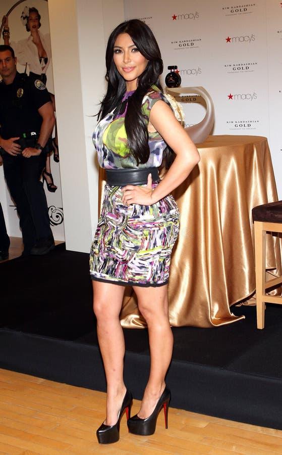 Kim Kardashian promove o ` do ouro do ` imagem de stock royalty free