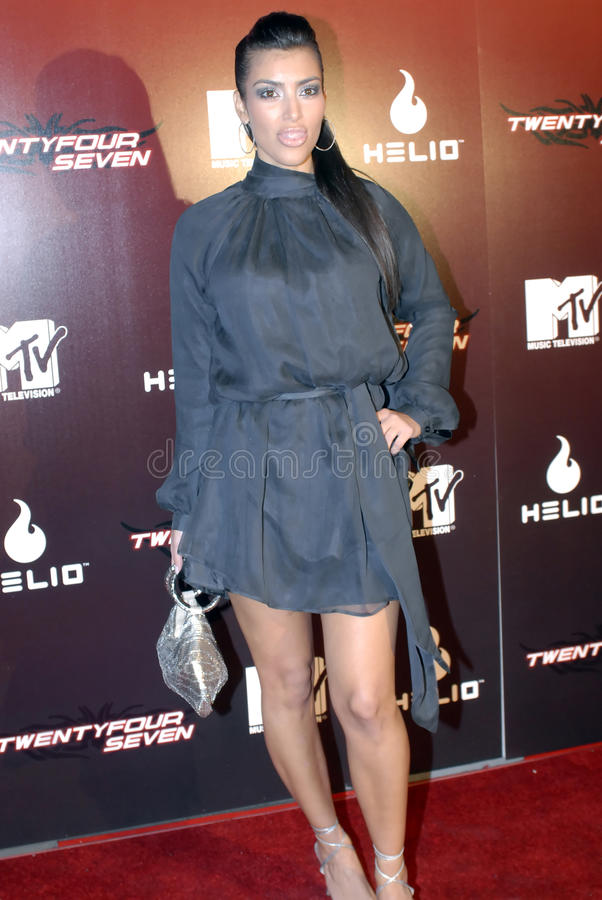 Kim Kardashian sur le tapis rouge. photo stock