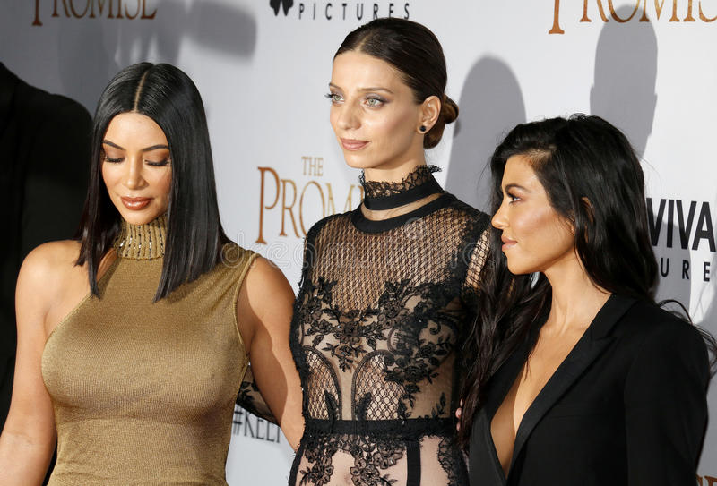 Kim Kardashian West, Angela Sarafyan et Kourtney Kardashian photos libres de droits