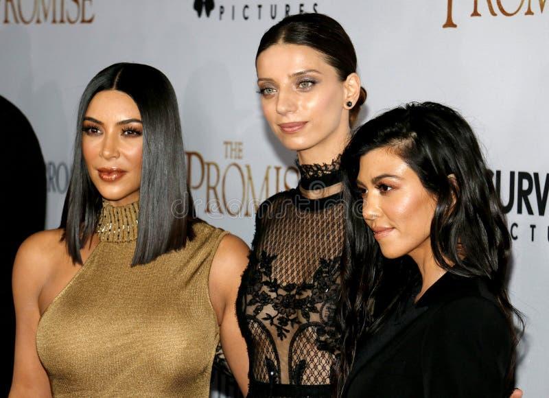 Kim Kardashian West, Angela Sarafyan et Kourtney Kardashian image libre de droits