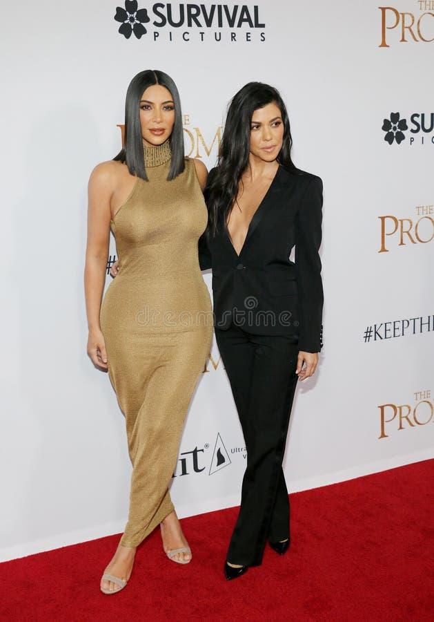 Kim Kardashian West et Kourtney Kardashian photos libres de droits