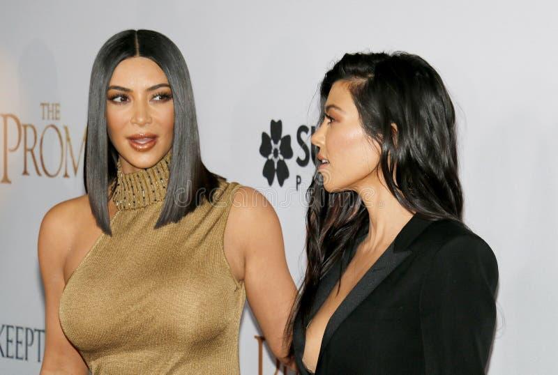 Kim Kardashian West et Kourtney Kardashian photo libre de droits
