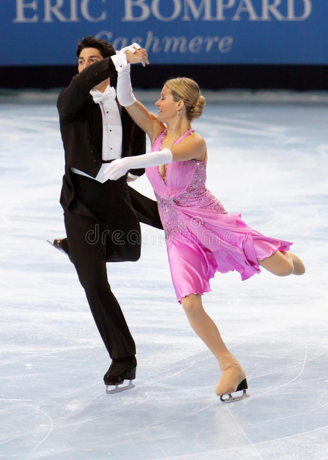 Kimberly NAVARRO / Brent BOMMENTRE (USA). PARIS - OCTOBER 16: Kimberly NAVARRO and Brent BOMMENTRE of USA perform compulsory dance at Eric Bompard Trophy October stock photography