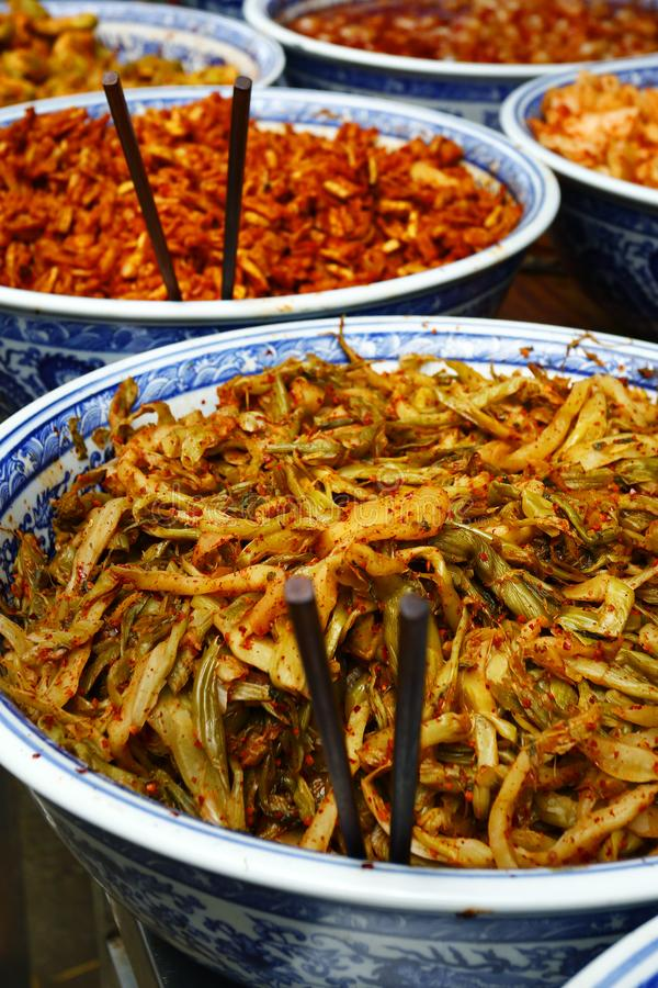 Kimchi που πωλείται στην αγορά στοκ φωτογραφία