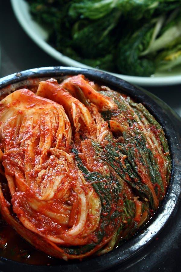 Kimchi - un aliment coréen traditionnel photographie stock libre de droits