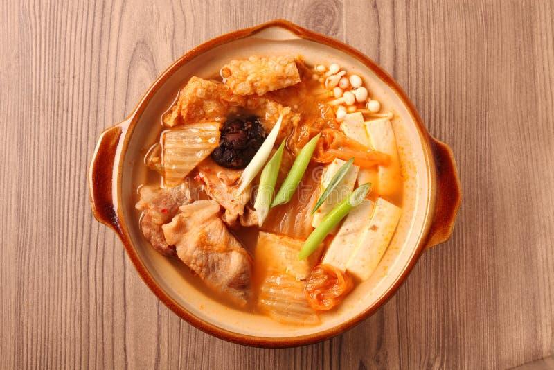 Kimchi varm kruka arkivbilder