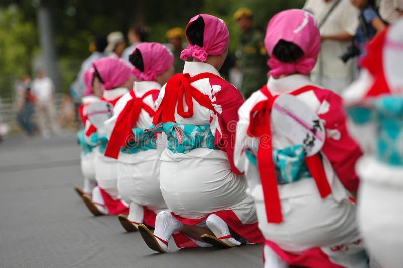 Download Kimono stock foto. Afbeelding bestaande uit kleurrijk, vrouwen - 276582