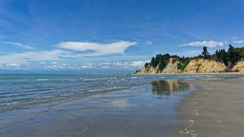 Kina Beach, Tasman, cerca de Motueka, Nueva Zelanda foto de archivo