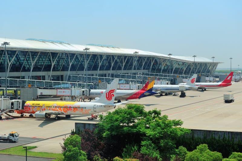 Kina Shanghai Pudong flygplats royaltyfri foto