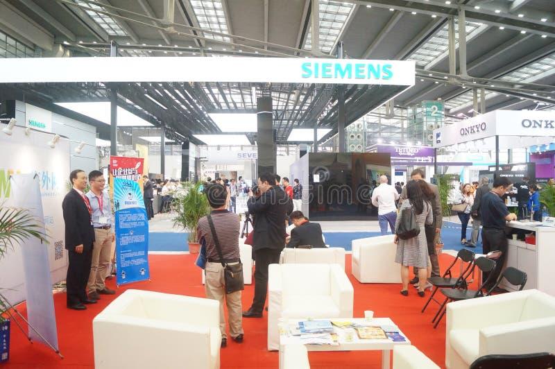Kina Shenzhen konsumentelektronik och hem- anordningar brännmärker utställning royaltyfria bilder
