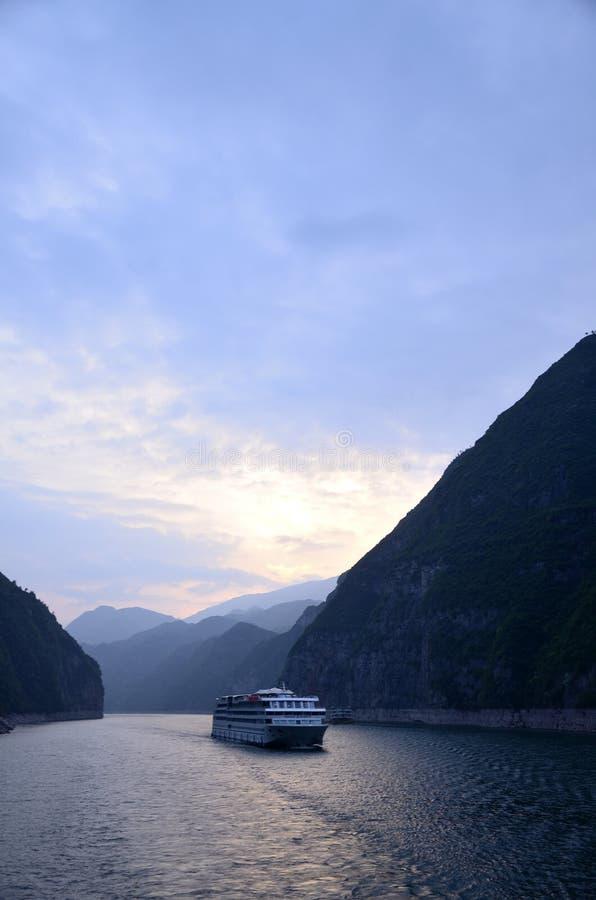 Kina Yangtze River Three Gorges scenisk extrakt fotografering för bildbyråer
