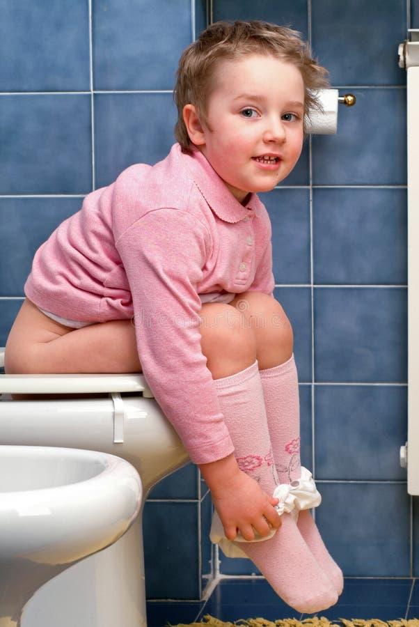 Kind Verweigert Stuhlgang Toilette