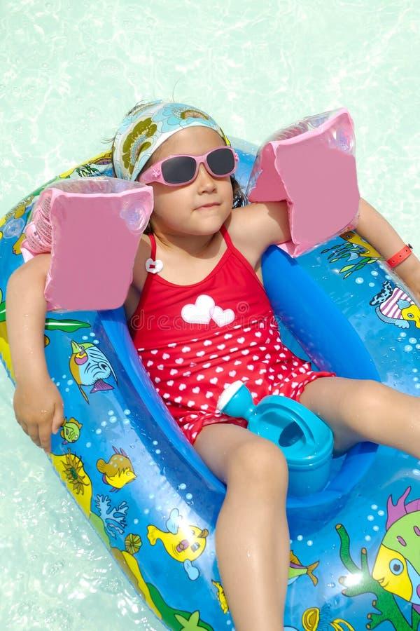Kind auf Ferien stockfoto
