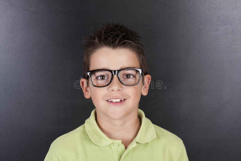 Kind in der Schule lizenzfreies stockfoto