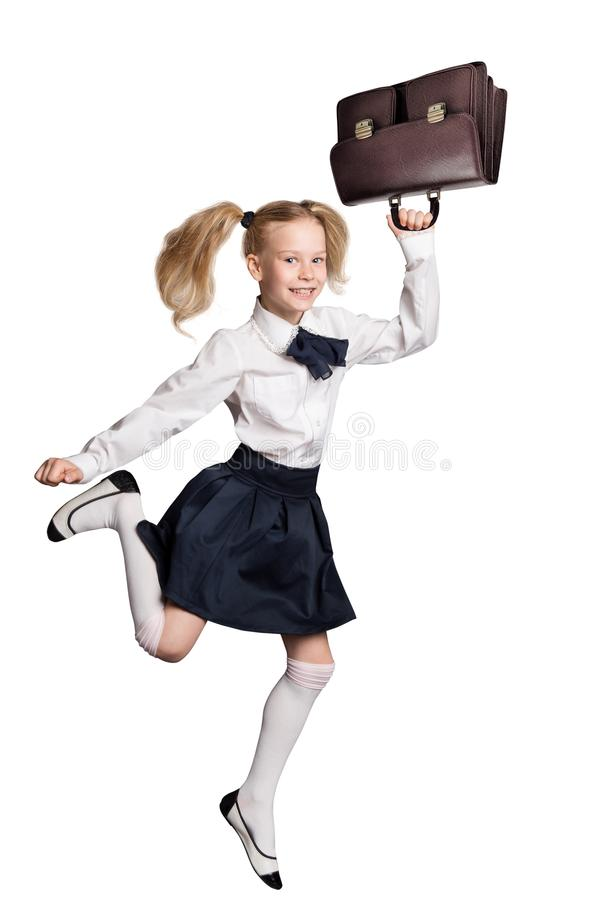 Kind die terug naar School, Geïsoleerde het Wit lopen van het Meisjesjonge geitje stock afbeeldingen