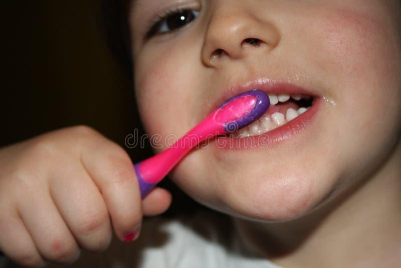 Kind-teeths - Nahaufnahmeblick stockbilder
