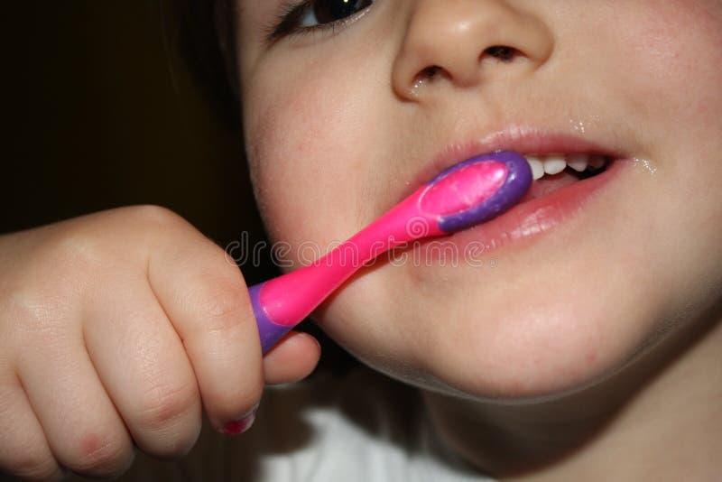 Kind-teeths - Nahaufnahmeblick stockbild