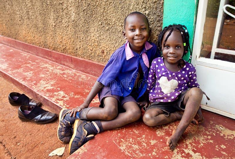 Kinder in der Schule in Uganda lizenzfreies stockfoto