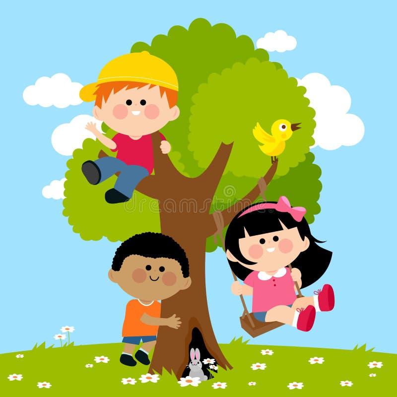 Kinder, die auf einem Baum spielen stock abbildung