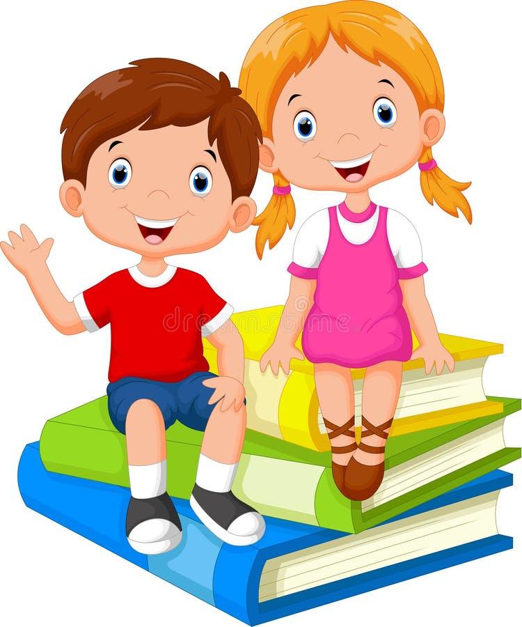 Kinder, die auf einem Stapel von Büchern sitzen stock abbildung