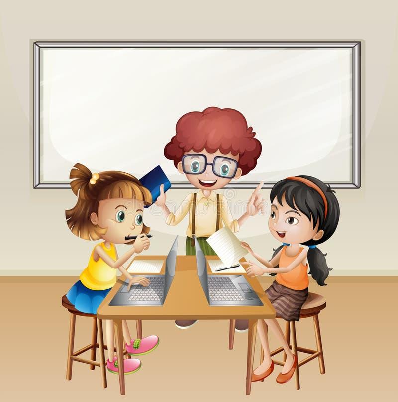 Kinder, die an Computer im Klassenzimmer arbeiten lizenzfreie abbildung