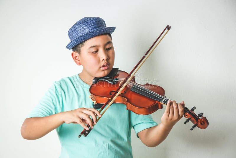 Musikinstrumente Spielen