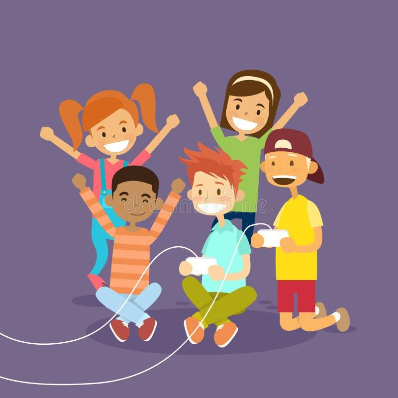 Kinder gruppieren das Halten des Steuerknüppels, der Computer-Videospiel spielt lizenzfreie abbildung