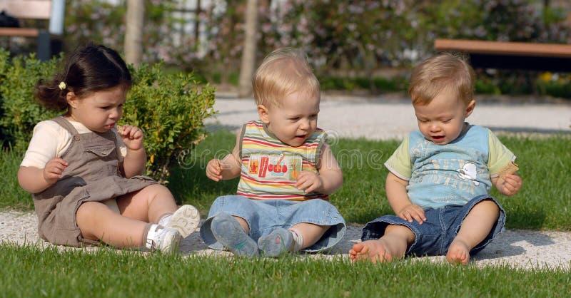 Kinder im Park 30 lizenzfreies stockbild