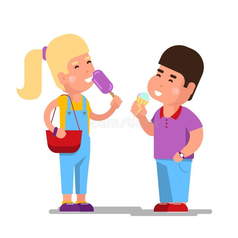 Kinder mit Eiscreme-Vektorillustration Karikaturkinder, welche die süße Eiscreme lokalisiert essen stock abbildung