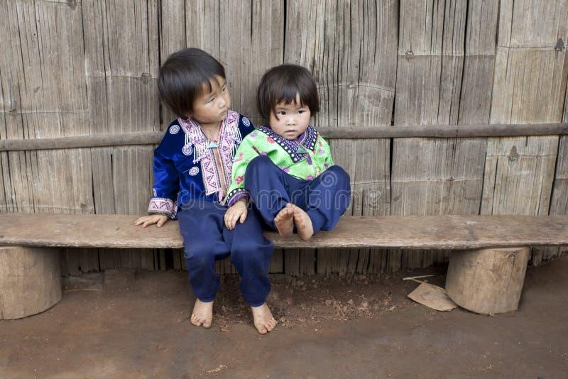 Kinder von Asien, ethnische Gruppe Meo, Hmong lizenzfreie stockfotos