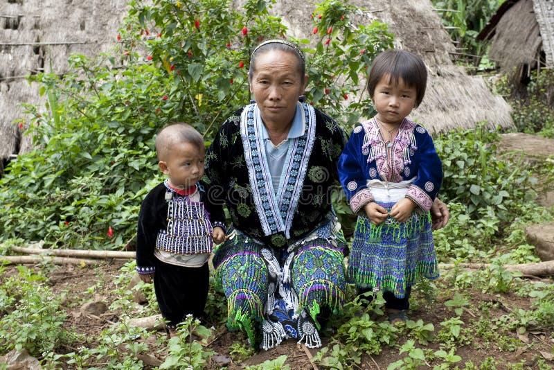 Kinder von Asien, ethnische Gruppe Meo, Hmong stockbild
