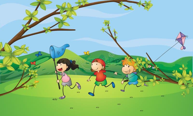 Kinder, welche die Schmetterlinge fangen stock abbildung