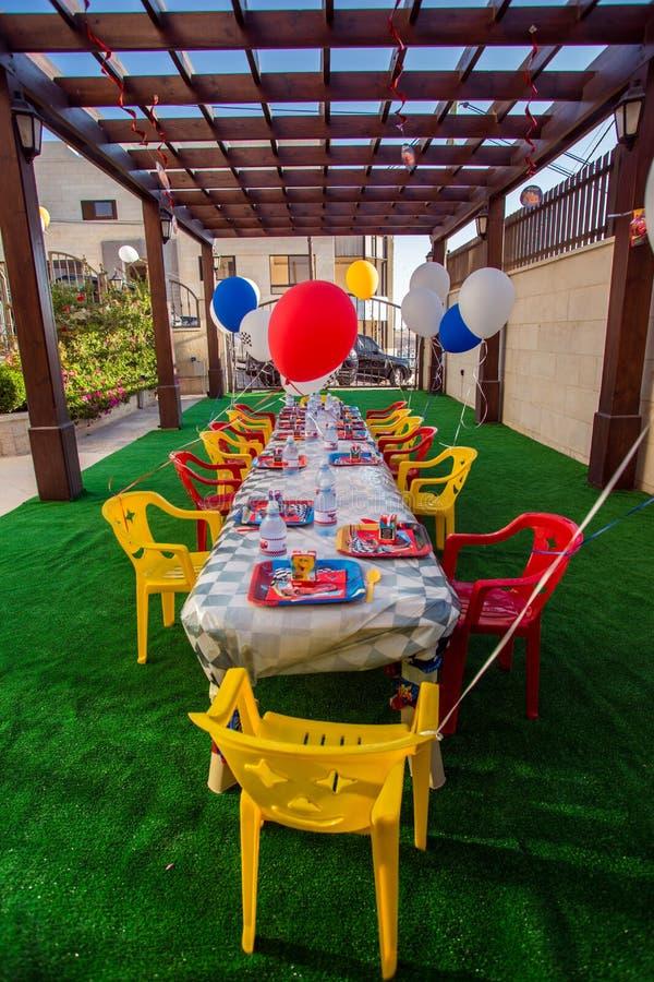 Kinderamerikanische Thema-Geburtstagsfeier stockfotos