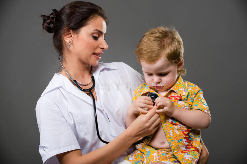Kinderarzt stockbilder