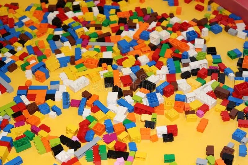 Kinderen` s kleurrijke ontwerper en een plaats om het te spelen royalty-vrije stock foto's