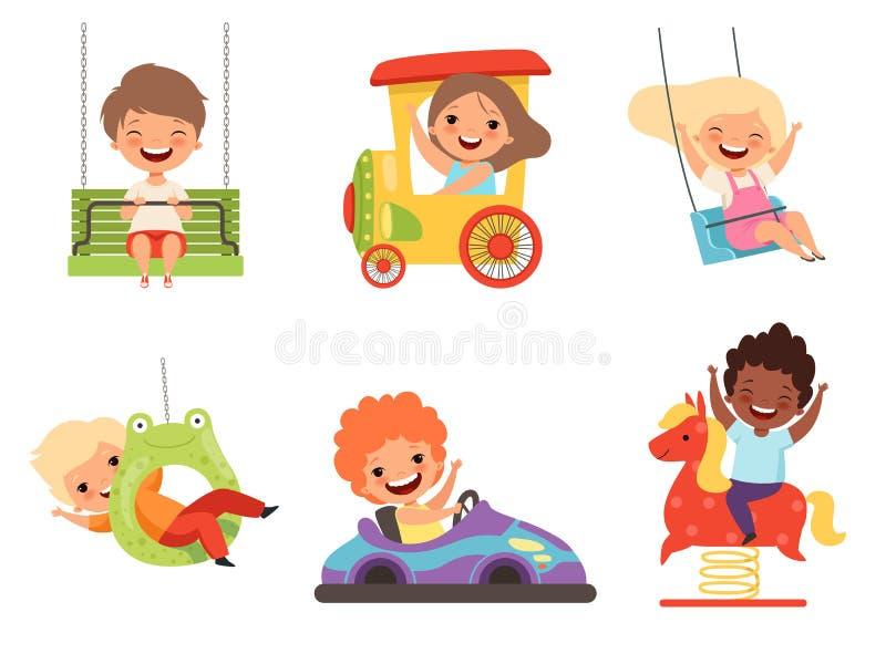 Kinderenpretpark Gelukkige jonge geitjes die en diverse aantrekkelijkhedenspelen zitten spelen die mannelijke vrouwelijke jongens vector illustratie