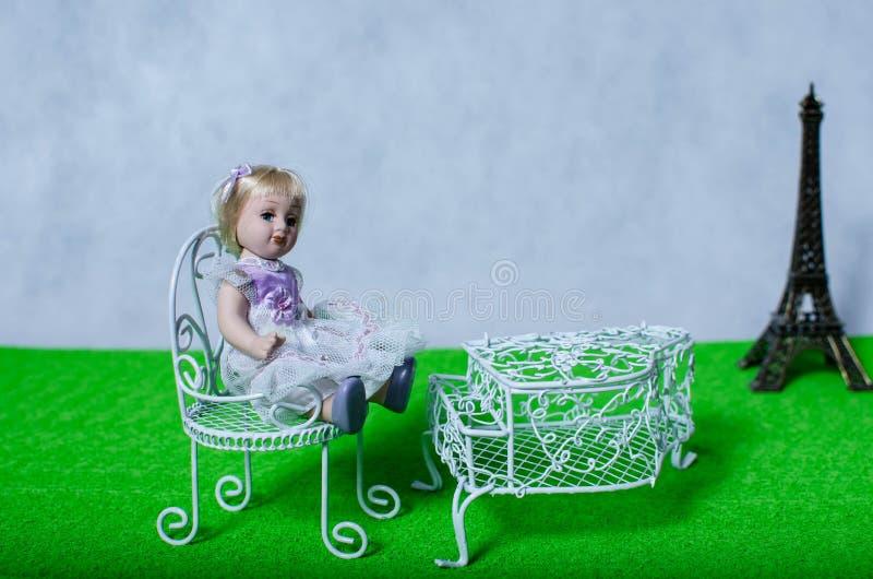 Kinderjarendromen over Parijs royalty-vrije stock foto