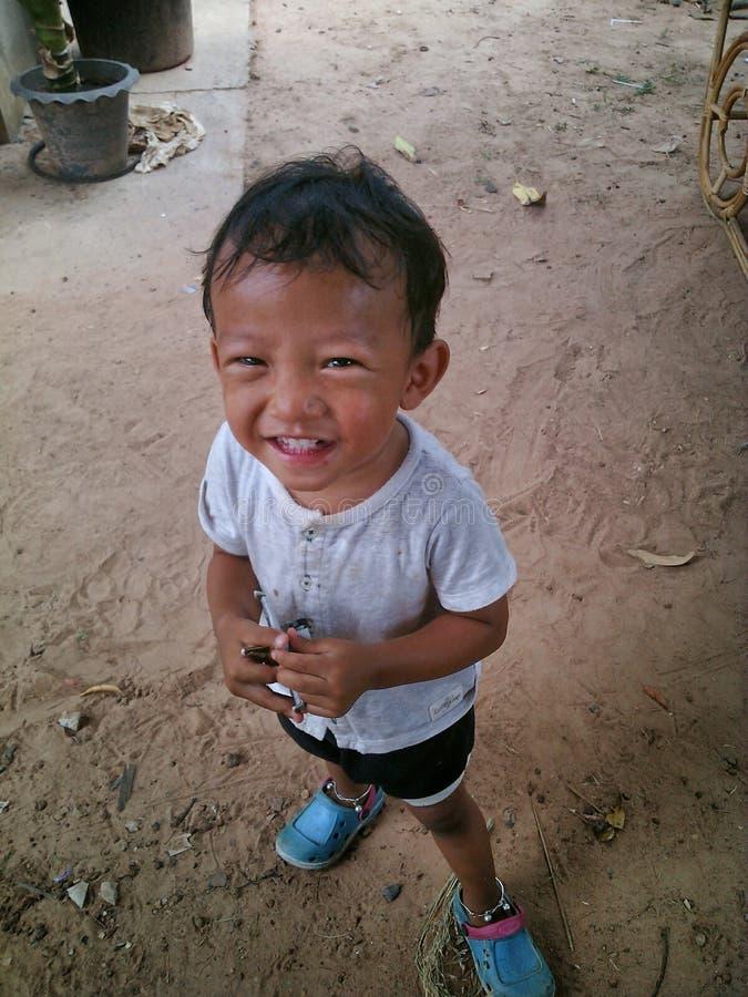 Kinderlächeln stockbild