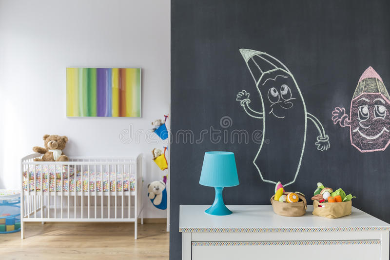 Kinderraum für ein Kind lizenzfreies stockbild