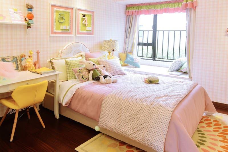Kinderschlafzimmer lizenzfreies stockbild