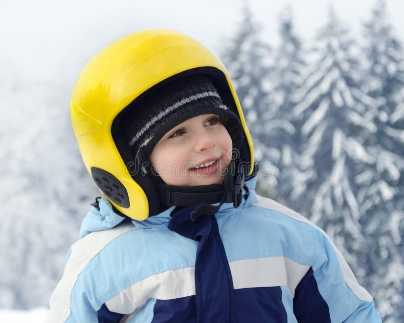 Kinderskifahrerporträt stockfotos