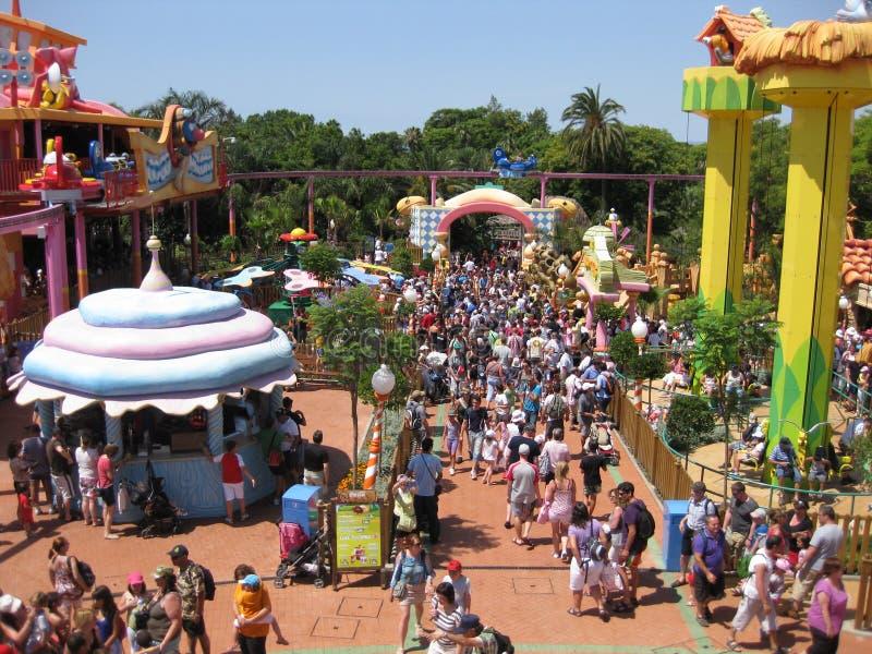 Kinderspielplatz voll der Farbe lizenzfreie stockfotos