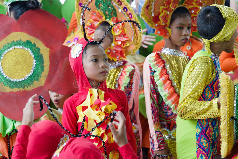 Kindertanzen in Festival 2017 Calauan Pinya stockbild
