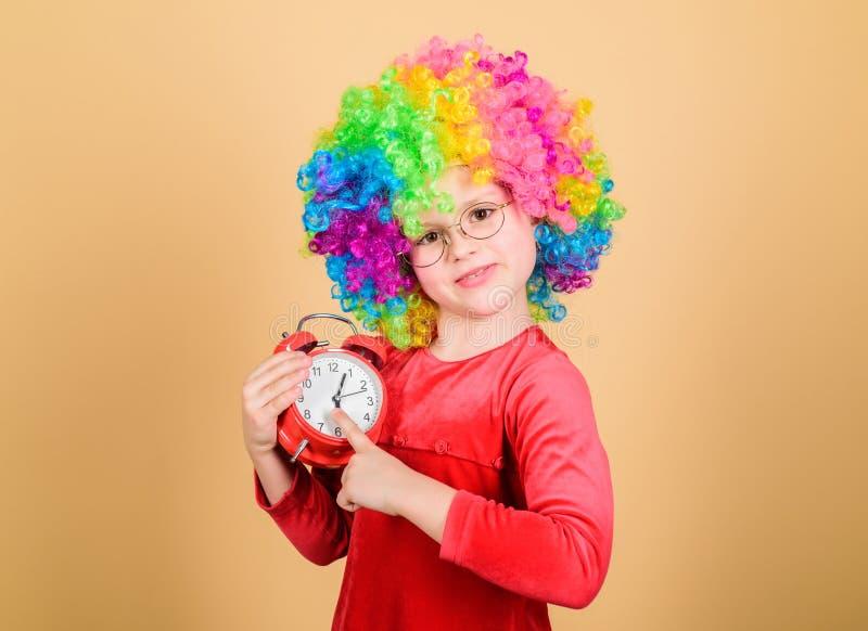 Kinderverzorging Gelukkige ogenblikken r Einde die zo ernstig zijn o royalty-vrije stock foto's