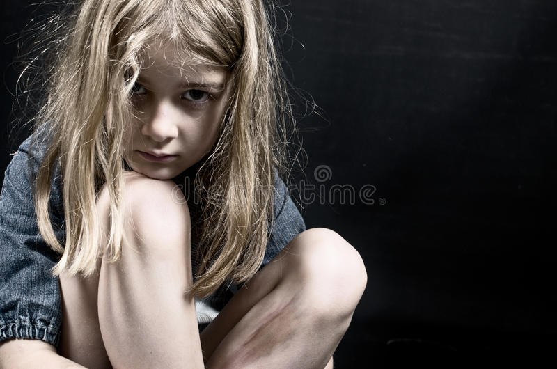 Kindesmissbrauch lizenzfreie stockbilder