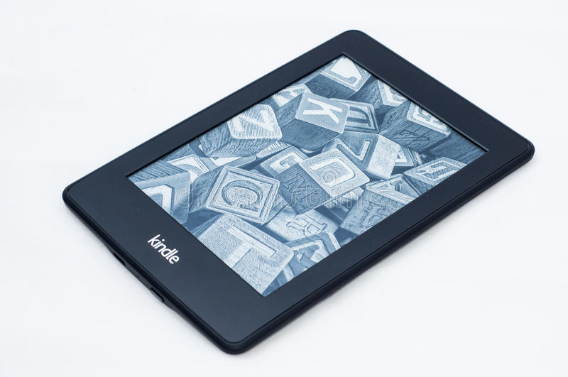 Kindle-paperwrite 2 lizenzfreies stockbild