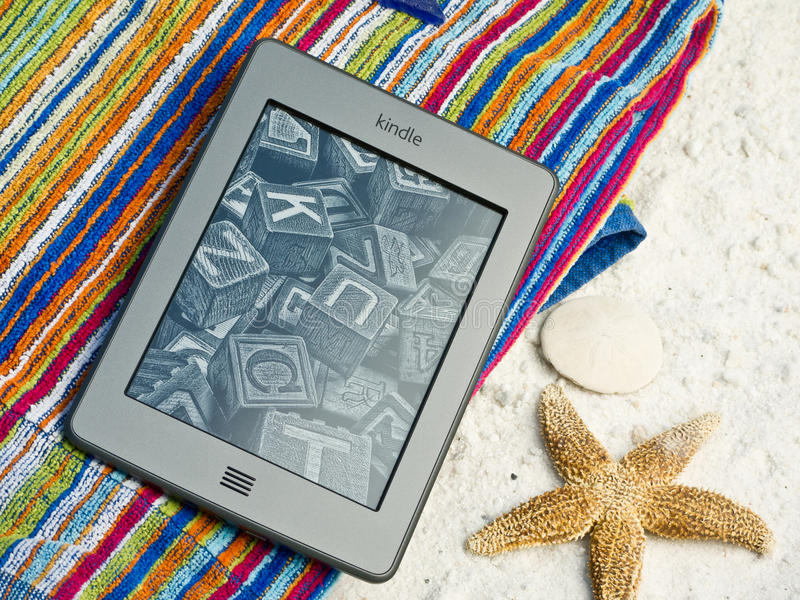 Download Kindle Touch EReader At The Beach Editorial Photography - Image: 23954347